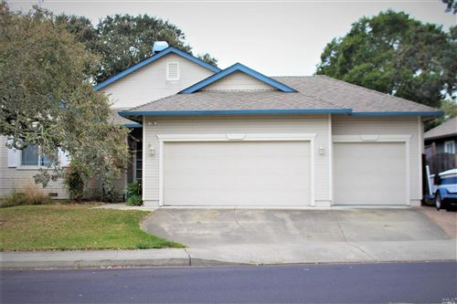 Photo of 156 Fulton Place, Windsor, CA 95492 (MLS # 21927186)
