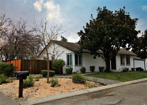 Photo of 124 Prince Albert Street, Petaluma, CA 94954 (MLS # 22001196)