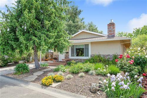 Photo of 1354 Pinon Drive, Healdsburg, CA 95448 (MLS # 22009196)