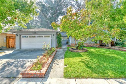 Photo of 2477 Creekside Avenue, Napa, CA 94558 (MLS # 22024201)