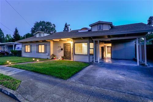 Photo of 879 Yulupa Avenue, Santa Rosa, CA 95405 (MLS # 22011205)