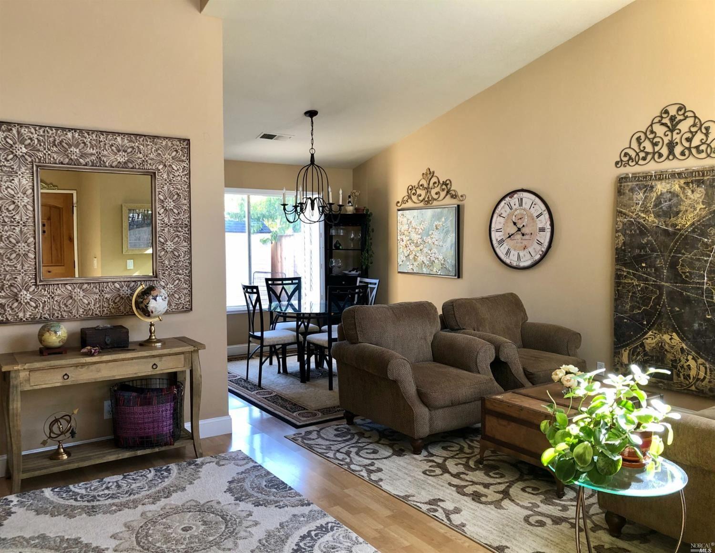 109 Wooded Glen Court, Windsor, CA 95492 - MLS#: 321096215