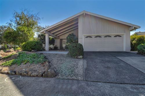 Photo of 6440 Meadow Creek Lane, Santa Rosa, CA 95409 (MLS # 22026217)