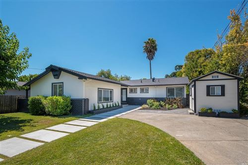 Photo of 171 Cobblestone Drive, San Rafael, CA 94903 (MLS # 22016222)