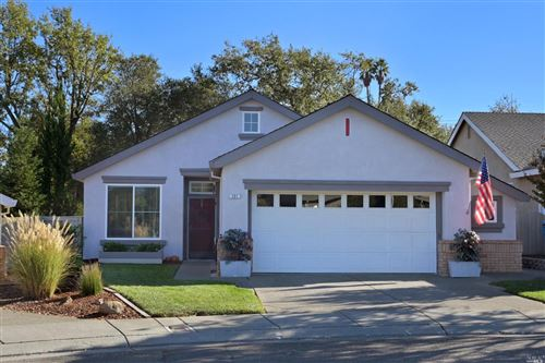 Photo of 121 Clover Springs Drive, Cloverdale, CA 95425 (MLS # 22026231)