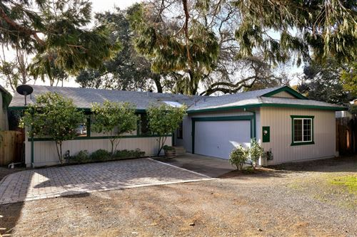 Photo of 424 Mason Street, Healdsburg, CA 95448 (MLS # 22000243)