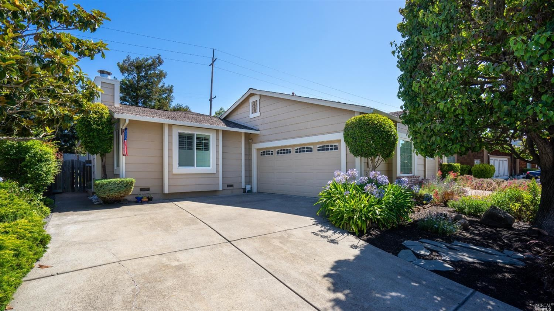 1724 Northstar Drive, Petaluma, CA 94954 - MLS#: 321065256