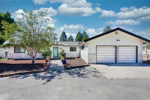 Photo of 1585 Schaeffer Road, Sebastopol, CA 95472 (MLS # 22024261)
