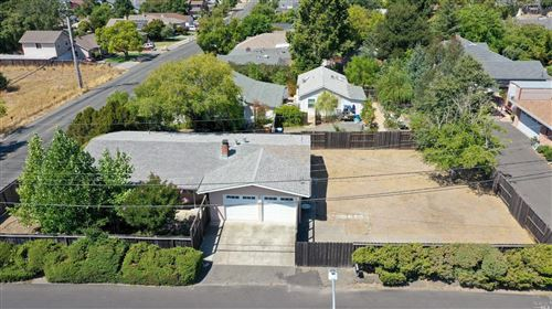 Photo of 1002 Wyatt Avenue, Napa, CA 94559 (MLS # 21922274)