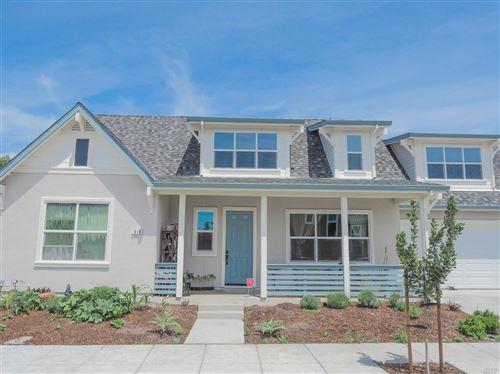 Photo of 919 Brunello Drive, Santa Rosa, CA 95407 (MLS # 22010274)