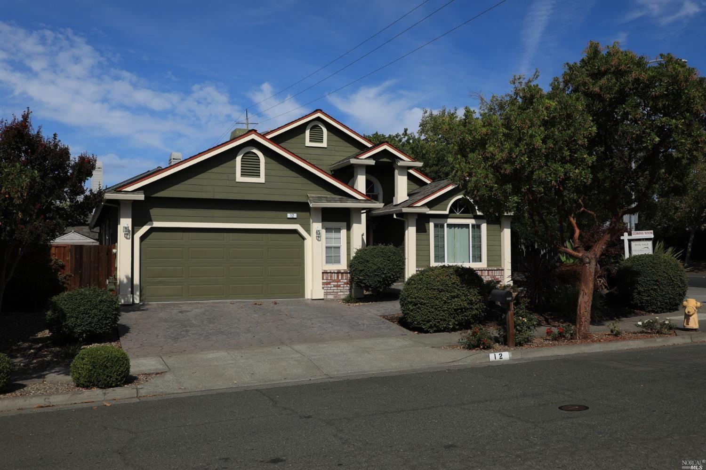 12 Wyndham Way, Petaluma, CA 94954 - MLS#: 321095276