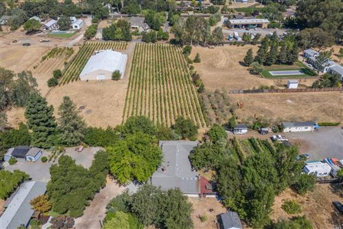 Photo of 19197 Twin Oaks Lane, Sonoma, CA 95476 (MLS # 21922278)