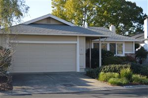 Photo of 233 Vineyard Drive, Healdsburg, CA 95448 (MLS # 21900285)