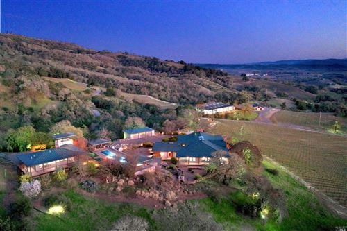 Photo of 2045 Woodhawk Lane, Cloverdale, CA 95425 (MLS # 22005304)