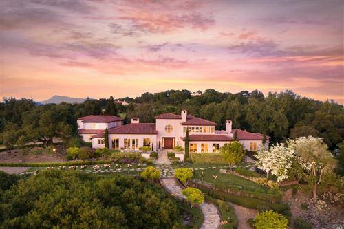 Photo of 710 Shiloh Terrace, Santa Rosa, CA 95403 (MLS # 22011304)
