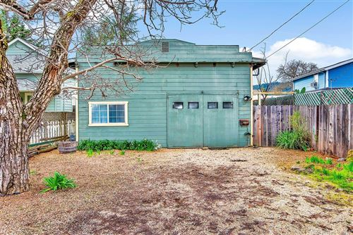 Photo of 205 Mulberry Drive, Cloverdale, CA 95425 (MLS # 22003306)