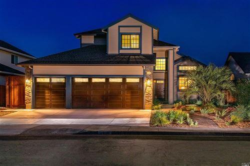 Photo of 2028 Crimson Lane, Santa Rosa, CA 95403 (MLS # 22018306)