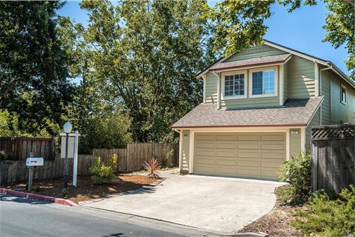 Photo of 21 Greenleaf Lane, Cotati, CA 94931 (MLS # 21916308)