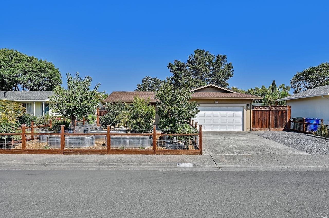414 Bluebird Drive, Windsor, CA 95492 - MLS#: 321089325