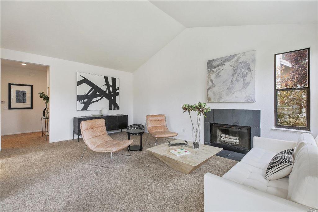 Photo for 633 Cherry Avenue, Sonoma, CA 95476 (MLS # 21825326)