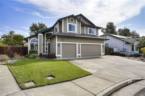 Photo of 9224 Piccadilly Circle, Windsor, CA 95492 (MLS # 22023342)