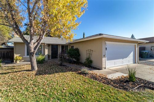 Photo of 142 Plymouth Court, Vacaville, CA 95687 (MLS # 21928365)