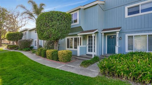 Photo of 802 Bayside Court, Novato, CA 94947 (MLS # 22004376)