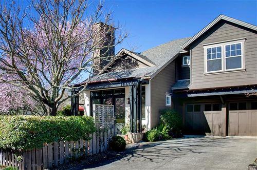 Tiny photo for 934 Signorelli Circle, Saint Helena, CA 94574 (MLS # 22004387)