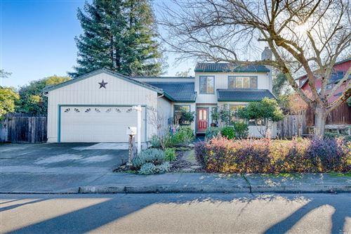 Photo of 195 Chablis Way, Cloverdale, CA 95425 (MLS # 22030392)
