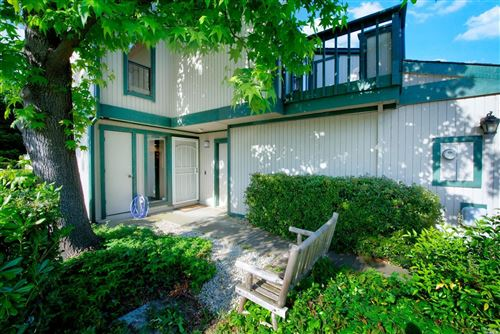 Photo of 299 Shasta Drive #47, Vacaville, CA 95687 (MLS # 22008394)