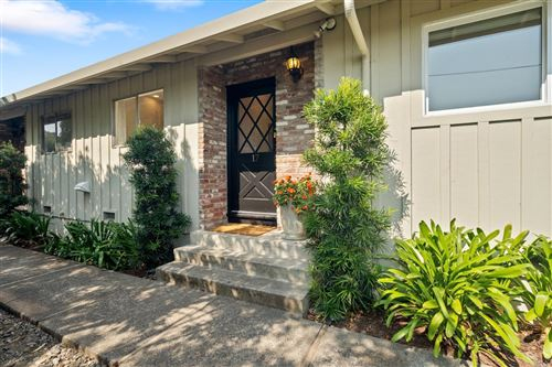 Photo of 47 Redwood Avenue #17, Corte Madera, CA 94925 (MLS # 22017427)