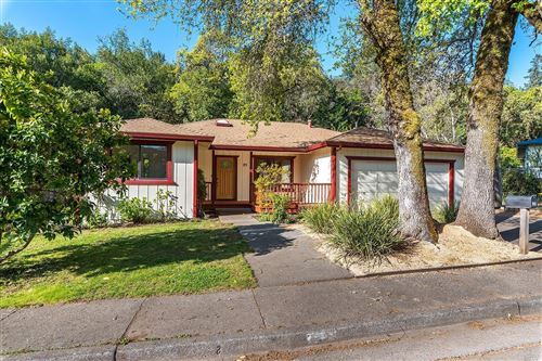 Photo of 25 Foster Court, Cloverdale, CA 95425 (MLS # 22007435)