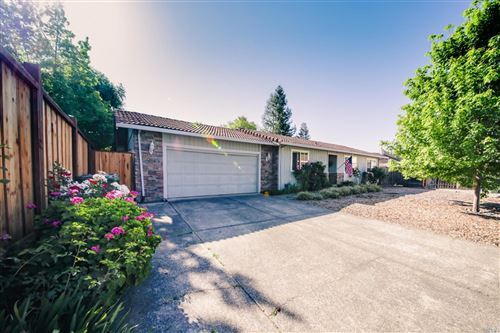 Photo of 454 Shannon Court, Windsor, CA 95492 (MLS # 22009435)