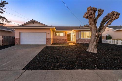 Photo of 1529 Sarkesian Drive, Petaluma, CA 94954 (MLS # 22030435)