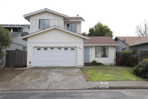 Photo of 818 Sparrow Court, Healdsburg, CA 95448 (MLS # 22030440)
