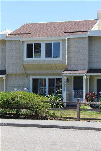 Photo of 115 Caspar Place, Novato, CA 94947 (MLS # 22017441)
