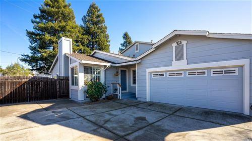 Photo of 1678 Northstar Drive, Petaluma, CA 94954 (MLS # 22030447)