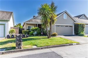 Photo of 724 Rosemary Clooney Court, Windsor, CA 95492 (MLS # 21916464)