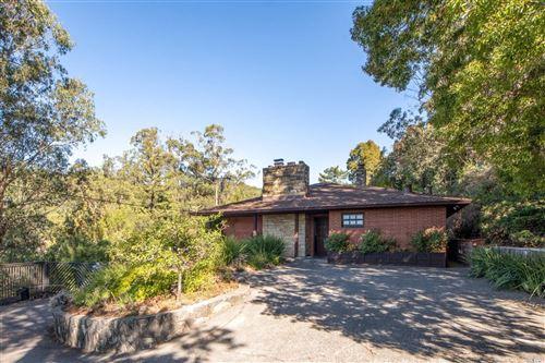 Photo of 2 Welcome Lane, San Rafael, CA 94901 (MLS # 22024469)