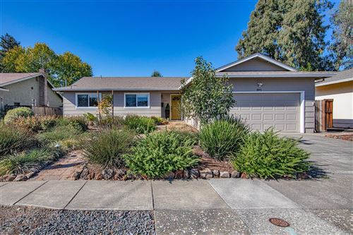 Photo of 891 Gandul Calle Drive, Santa Rosa, CA 95409 (MLS # 22026490)