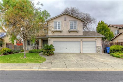Photo of 531 Madrone Way, Windsor, CA 95492 (MLS # 22003493)
