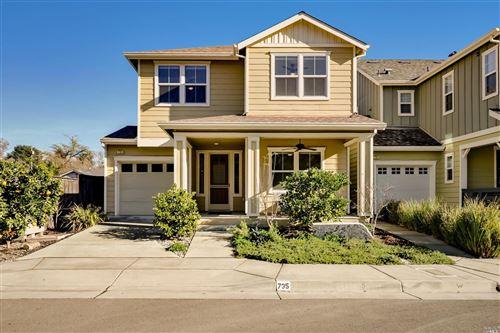 Photo of 735 Larkspur Drive, Healdsburg, CA 95448 (MLS # 22030508)