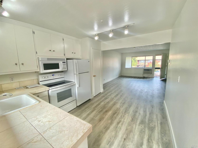 426 North Street #4, Healdsburg, CA 95448 - MLS#: 321090522