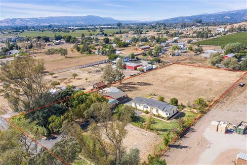 Photo of 2750 Acacia Avenue, Sonoma, CA 95476 (MLS # 21924526)