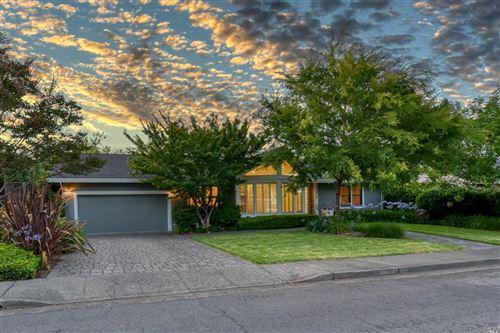 Photo of 1514 Chablis Circle, Saint Helena, CA 94574 (MLS # 22015536)