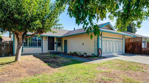 Photo of 8466 Larch Avenue, Cotati, CA 94931 (MLS # 22025539)