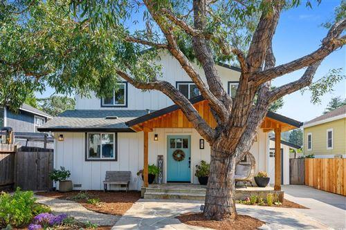 Photo of 26 Santa Barbara Avenue, San Anselmo, CA 94960 (MLS # 22023544)