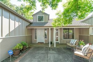 Photo of 18106 Vassar Court, Sonoma, CA 95476 (MLS # 21918552)