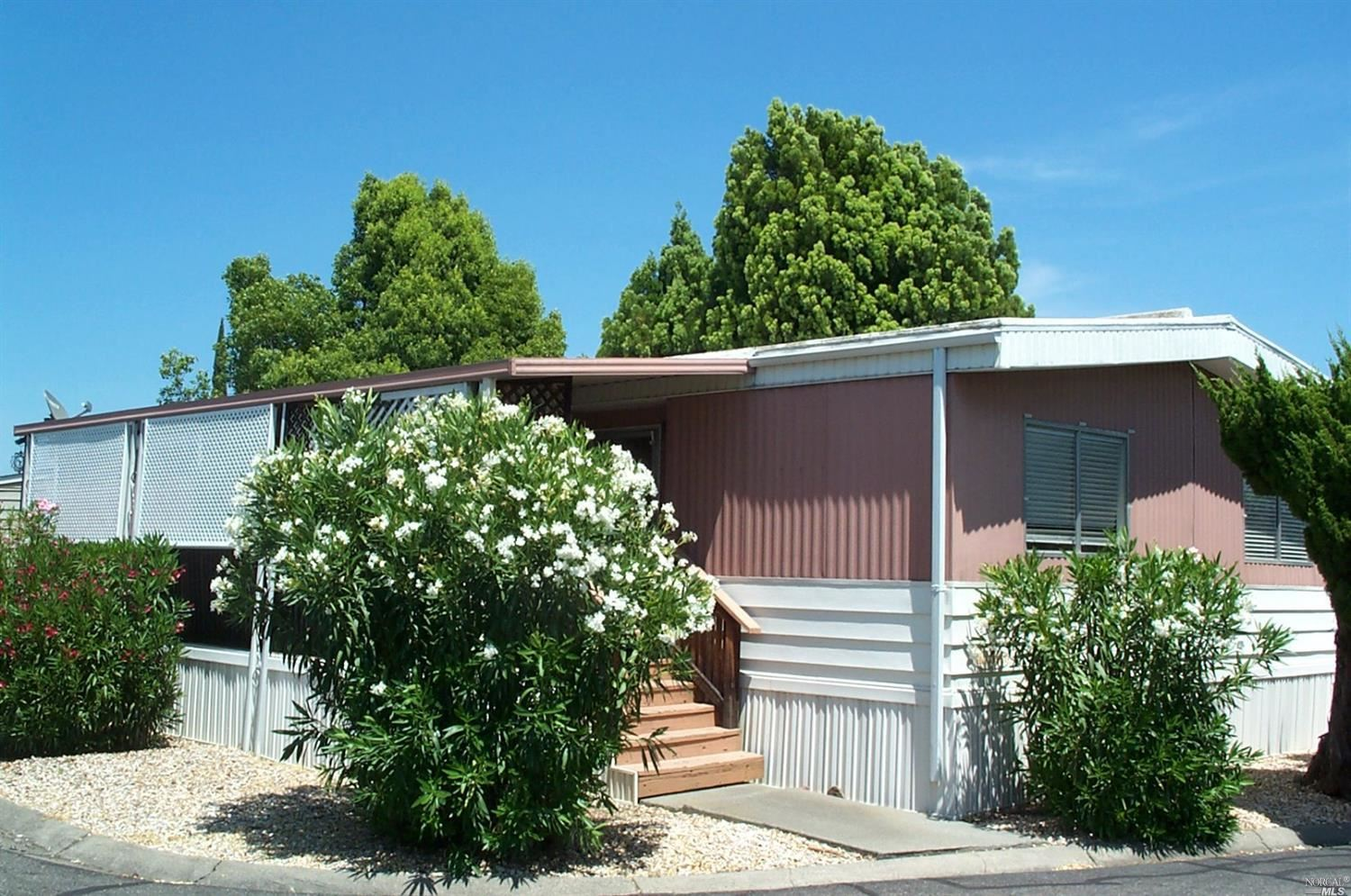 Photo for 66 Lemon Tree Circle, Vacaville, CA 95687 (MLS # 21917556)