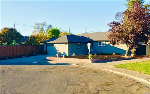Photo of 2411 Pomo Court, Santa Rosa, CA 95403 (MLS # 21928557)